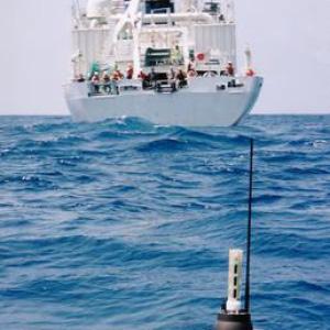 Argo float being deployed. Image source: ARGO.